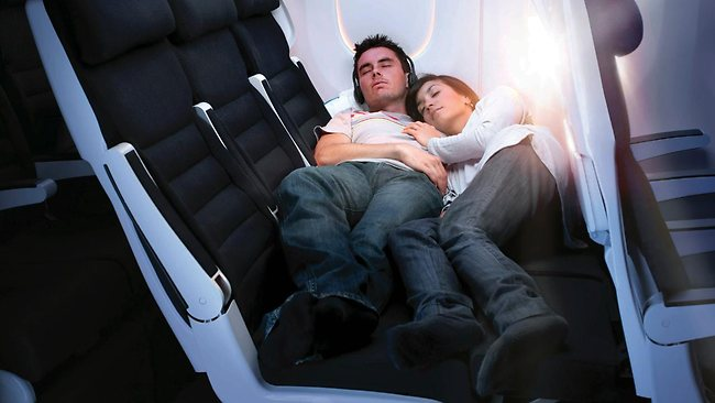 581313-new-zealand-airline-beds